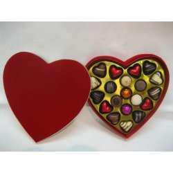 Deluxe red heart box - 20 chocolates $77.50 Contains 20 assorted chocolates The precise assortment shall vary from the one pictured but the number of heart shaped chocolates is always the sameEa. Please Click the image for more information.