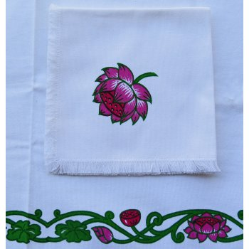 Lotus napkins in set of 4  Please Click the image for more information.